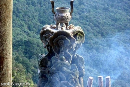 武當山景點:兩儀殿