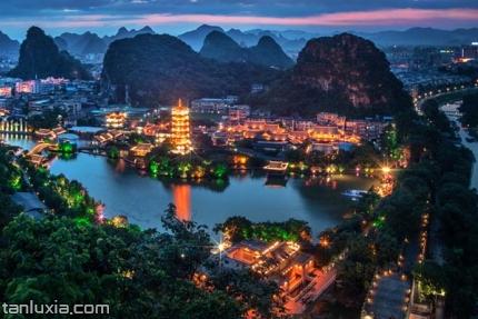 两江四湖景点:木龙湖