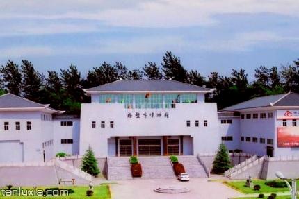 赤壁市博物馆景点:赤壁市博物馆正门