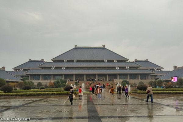 湖北省博物館的主樓