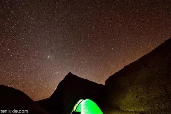 星空下露營