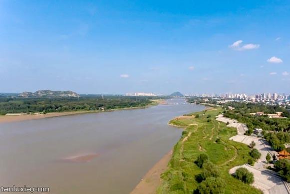 百里黄河沿岸