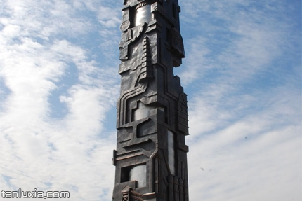 莱芜钢铁博物馆景点:盘古之手