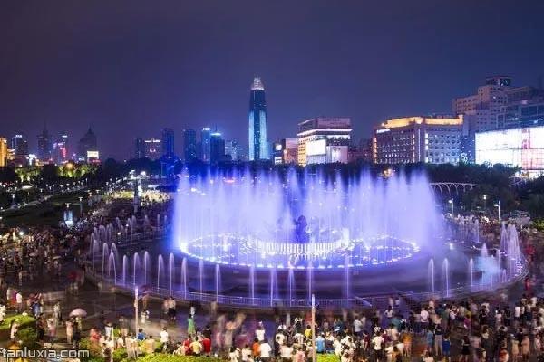 荷花音樂噴泉