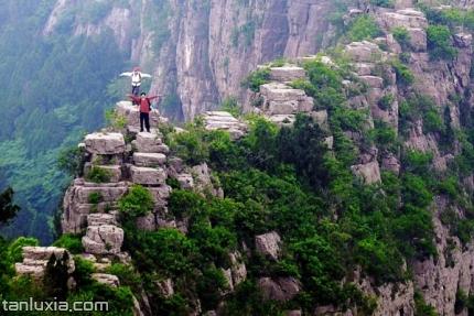 平陰大寨山景點:寨牆