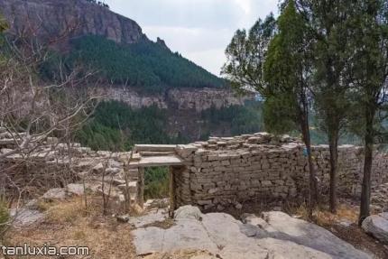 平陰大寨山景點:寨門