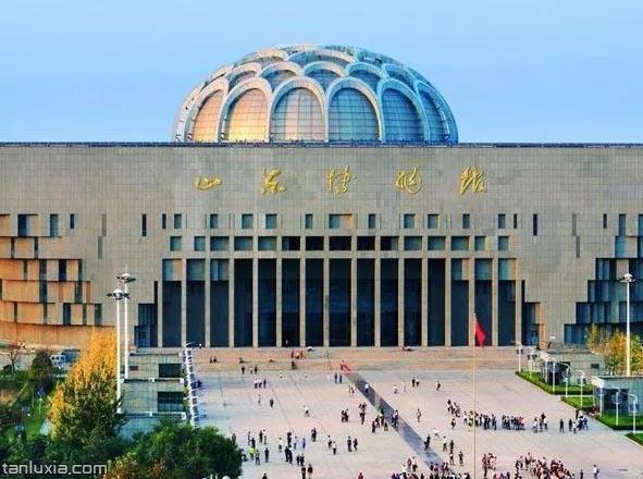 山東博物館主樓正門