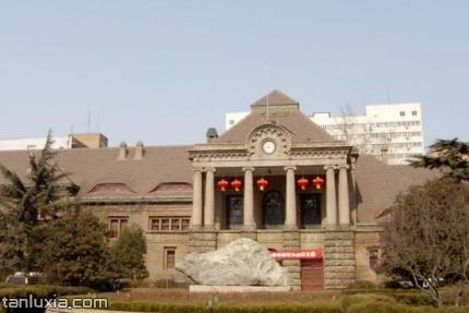 胶济铁路博物馆景点:胶济铁路博物馆外景