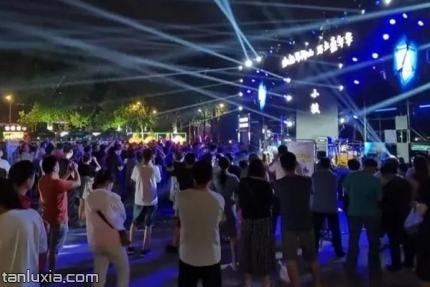 马鞍山路夜市景点:马鞍山路夜市的游客