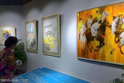 大美墨韵艺术馆景点:油画作品