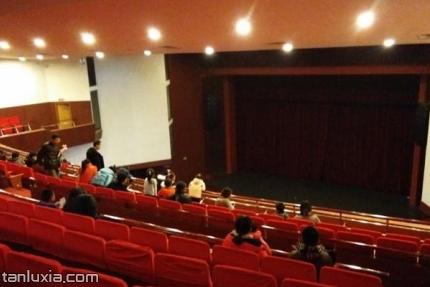 历山剧院景点:舞台