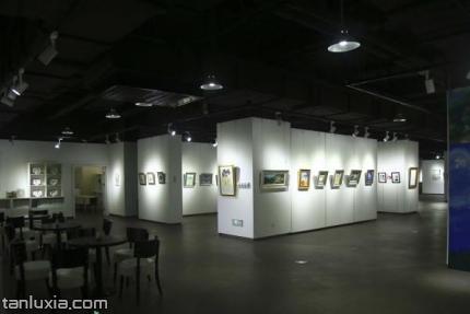 西城时光国际艺术馆景点:展厅
