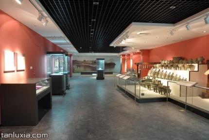 山东大学博物馆景点:文物展馆