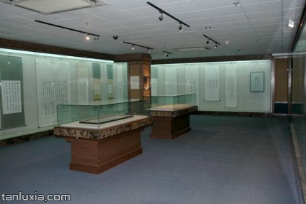 山东大学博物馆景点:艺术展馆