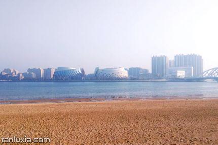 灵山湾海滨公园景点:灵山湾海滨沙滩