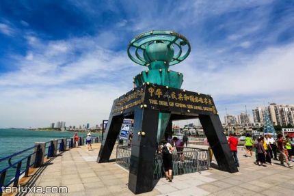 中国水准零点景区景点:水准零点标志雕塑