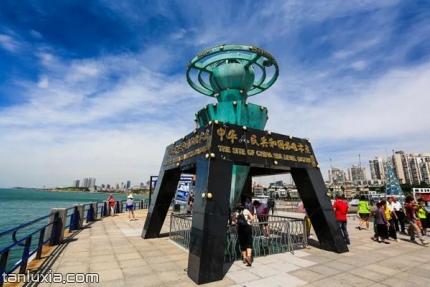 中國水準零點景區景點:水準零點標志雕塑