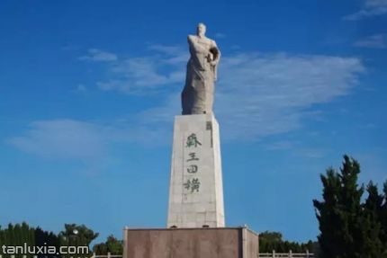 田横岛旅游度假区景点:田横雕像