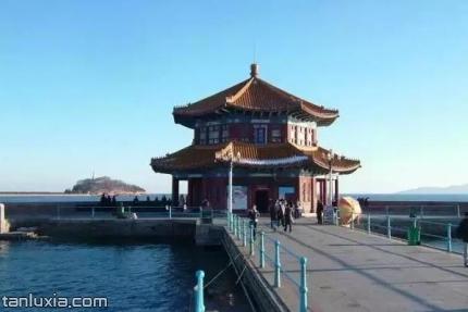 青島棧橋景區景點:回瀾閣