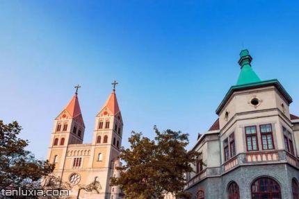 青島天主教堂景點:青島天主教堂外景