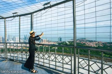 青島電視觀光塔景點:露天觀景平臺