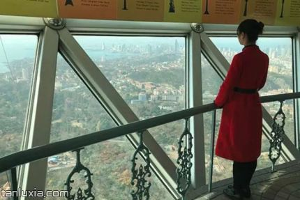 青島電視觀光塔景點:242米塔球高空觀光廳